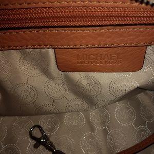 Michael Kors Bags - Michael Kors calfskin purse
